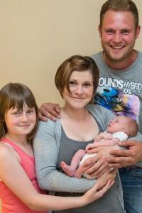 2014-06 Neugeborenenshooting Grefrath 143 von 453